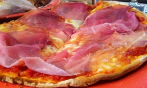 Risotteria GF Prosciutto & Mozzarella Pizza