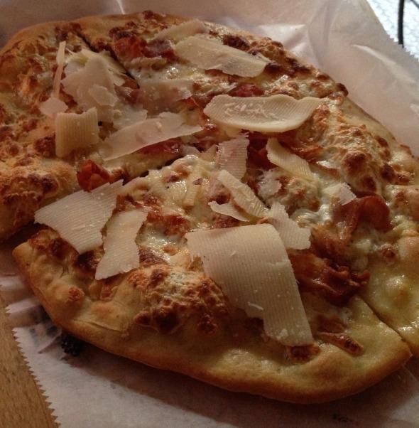 """""""Tre Formaggi"""" Gluten Free Pizza"""